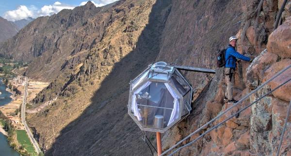 Voyage au Pérou : essayez l'hébergement sur la falaise