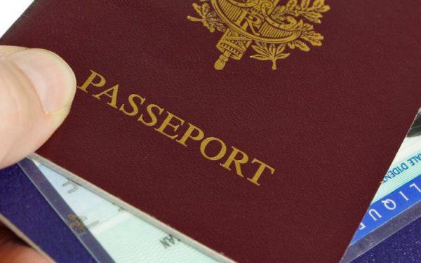 Mon enfant a 18 ans, comment faire pour demander son passeport ?