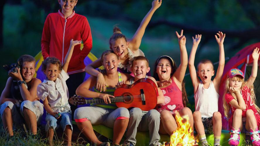 Envoyez vos enfants en colonie de vacances !