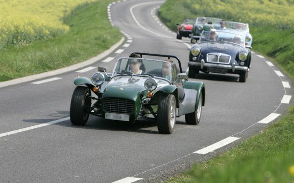Louer une voiture ancienne : ce que vous devez savoir