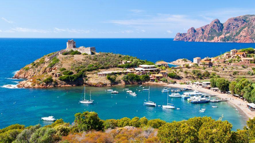 Top 3 des campings proches de l'île Rousse en Corse